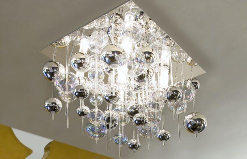 lampadario in vetro soffiato