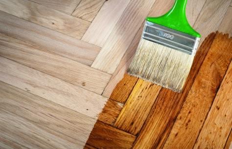 Verniciare legno e metallo con san marco bricoliamo - Verniciare una porta in legno ...