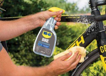 pulire la bicicletta
