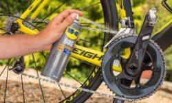 sgrassare la catena della bici