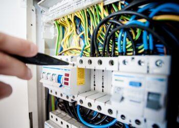 riparare impianto elettrico
