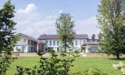 vila con tetto fotovoltaico