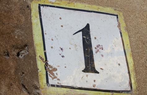 Uno-retailereofyear2012-a