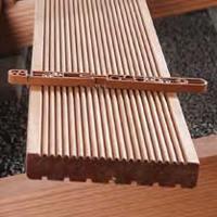 Guida alle vernici impregnanti per legno bricoliamo for Impregnante per legno esterno prezzi