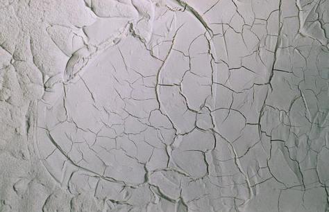 Come stuccare crepe e fori nel muro di casa bricoliamo - Rasatura muro esterno ...