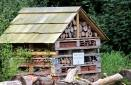insect-hotel-7