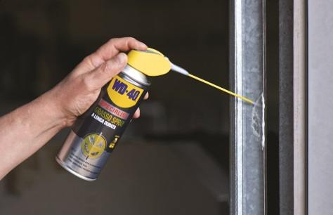 wd40-grasso-spray-a